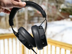 Grab the HyperX Cloud Alpha S gaming headset for $20 off at Amazon