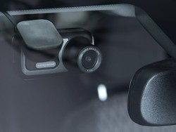Outfit your car with Nextbase's 422GW dash cam on sale for $127
