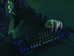The Razer Huntsman Tournament Edition gaming keyboard has dropped to $94