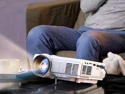 Build a better home theater experience with today's Vankyo projector sale