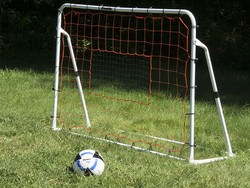 Take practice home with this $22 Franklin Sports rebound net