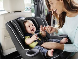 Take 20% off Graco car seats, high chairs, strollers, and more with this coupon code