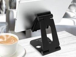 Grab an adjustable stand for your Nintendo Switch or tablet for just $21 right now