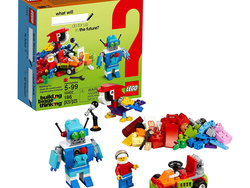 Build robot and parrot mini-models with this $7 Lego Classic Fun Future set