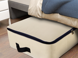 Organize the mess under your bed with this large 100L storage bag for less than $12