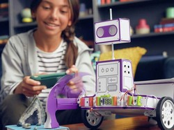 Reach for the stars with this LittleBits Space Rover Inventor Kit at its best price ever