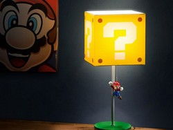 Outfit your Nintendo fan's room with this $18 Super Mario Block Table Lamp