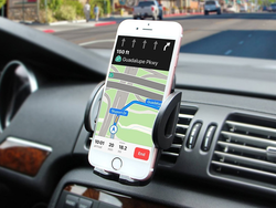 Know where you're going with this discounted car phone mount for only $6