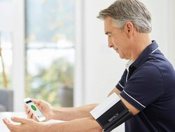 Keep tabs on your body with $26 off QardioArm's wireless blood pressure monitor