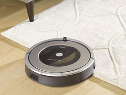 Schedule the $450 iRobot Roomba 860 to clean for you