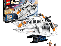 Blast off with the discounted Lego Star Wars UCS Snowspeeder, now back to Black Friday pricing