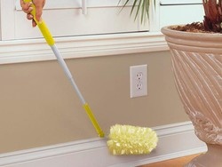 Brace for spring cleaning with a discounted Swiffer Dusters Heavy Duty Starter Kit for $13