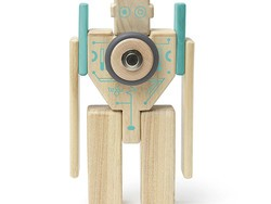 Build your own wooden Tegu Magbot with this $24 kit