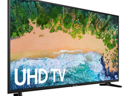 Snag Samsung's 50-inch 4K UHD HDR Smart LED TV for $330 today