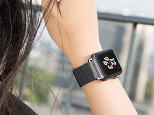 Find a new look for your Apple Watch with these discounted Milanese Loop bands