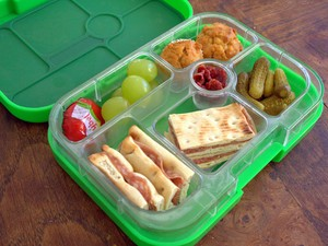 How to save money and pack healthy lunches for work