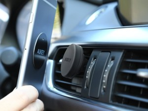 Magnetically mount your phone with an $8 two-pack of car mounts