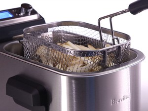 Use the $77 Breville fryer smart functions to make restaurant-quality food