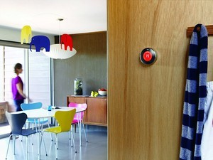 This Nest thermostat 2nd gen refurb is down to its lowest price