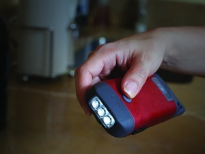 Be ready for anything with this $10 hand-crank flashlight
