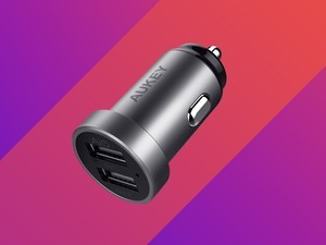 This highly-rated dual-port car charger is only $7