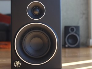 Enhance your computer's audio with the $100 Mackie CR4 speakers
