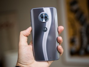 Pre-order the Motorola Moto X4 and get a free $50 gift card