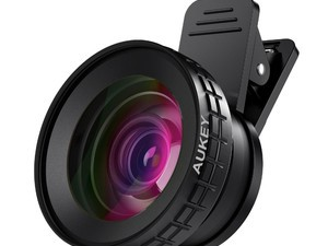 These $15 clip-on Aukey smartphone lenses will help elevate your pictures
