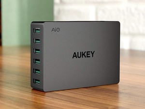 Charge six devices at the same time with Aukey's $18 desktop station