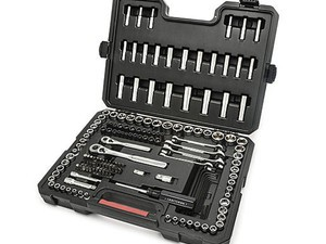 Get yourself this 165-piece Craftsman Mechanics tool set for only $50