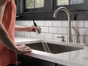 Clean the dishes with Delta's $156 single-handle kitchen sink faucet