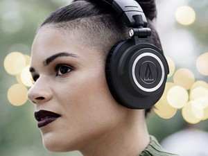 Audio-Technica's new ATH-M50x headphones now have Bluetooth