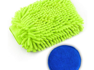 Pamper your vehicle with this $3 waterproof Car Wash Mitt and Wax Applicator Kit