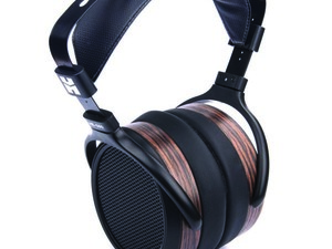These HiFiMan HE-560 planar headphones are down to just $350