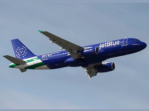 Time to book that flight you've been dreaming of with JetBlue's Friends & Family Sale