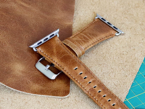 Change up your Apple Watch's style with this $5 Kades Leather Band