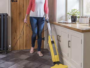 Vacuum and mop your floors at the same time with the Kärcher FC5 Hard Floor Cleaner