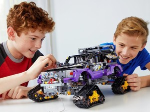 This massive Lego Technic Extreme Adventure kit is down to $145