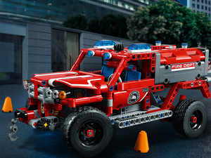 Take to the streets with the $40 Lego Technic First Responder building kit