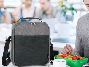Bring a meal from home with Lifewit's $9 Insulated Lunch Bag