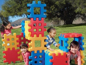 Get the Little Tikes 18-piece Big Waffle Block Set for $50