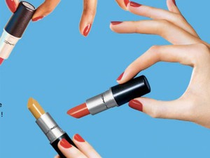 Hightail it over to your closest MAC store to get a free full-sized lipstick