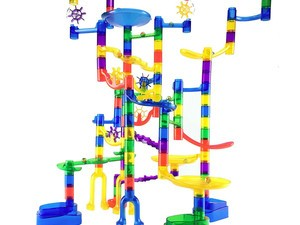 Your kid will be entertained for hours with this $31 Marble Run super set