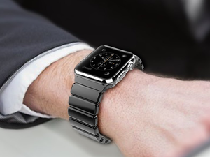 Swap the style of your Apple Watch with this $19 Adjustable 42mm Stainless Steel Band