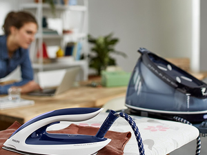 Power through your ironing with the Philips PerfectCare Aqua Pro Steam Generator Iron