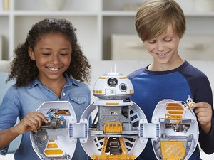 The Star Wars Galactic Heroes BB-8 Adventure Base is now $39