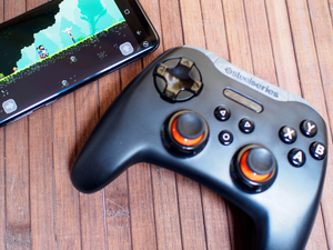 Mobile gaming takes a step forward with the $29 SteelSeries Stratus XL Bluetooth controller