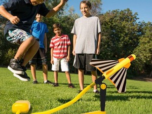 Travel back in time with these $26 Stomp Rockets Stunt Planes