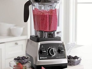 Replace your entire kitchen with the $499 Vitamix Professional Series 750 Blender