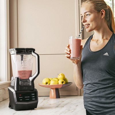 Master smoothies, sauces, and more with $60 off the Ninja Smart Screen 1000W Blender